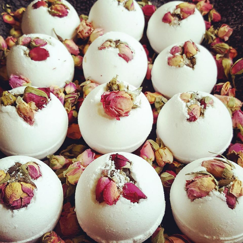 Blossom Tree - Handmade Bath Bombs and Body Scrubs, freshly made using natural ingredients. Fantastic stocking fillers and gifts! - Deepdale Christmas Market at Dalegate Market | Shopping & Cafe - Friday 1st, Saturday 2nd & Sunday 3rd December 2017 - Christmas shopping for presents, decorations and great food & drink from 120+ stalls in large marquees around the Dalegate Market shops & café and in St Marys Church at the Deepdale Christmas Market, North Norfolk Coast