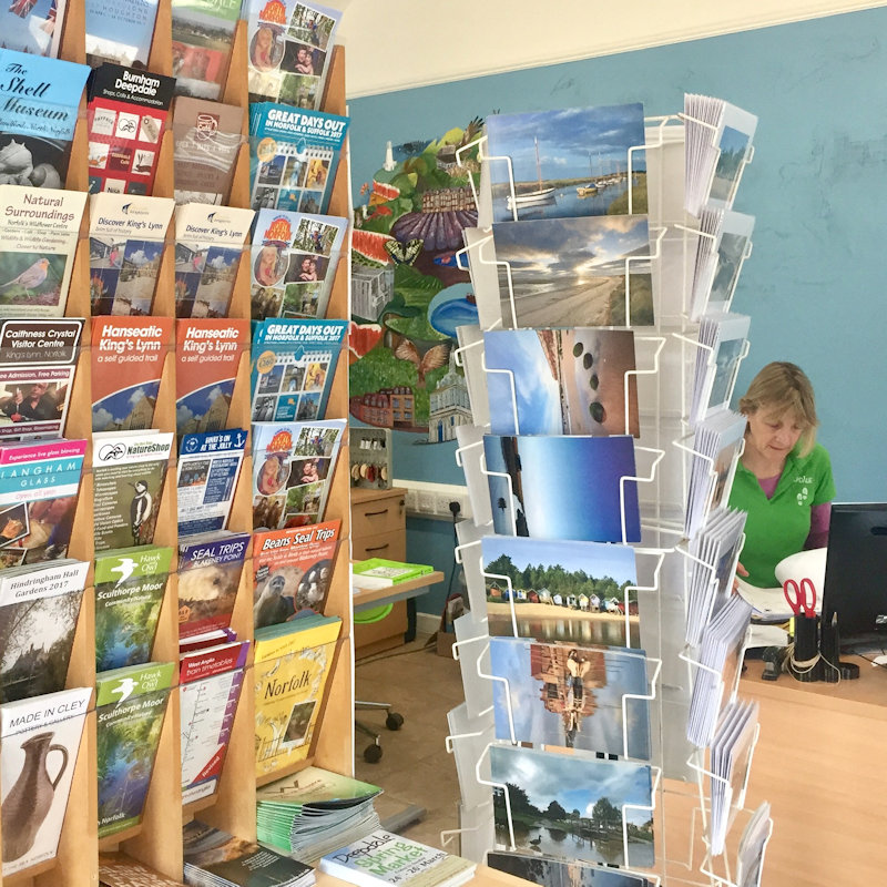 Deepdale Visitor Information Centre - Looking to combine shoppping at Deepdale Christmas Market with a visit to the beautiful North Norfolk Coast, then pop in and we'll help you explore this wonderful part of the world. - Deepdale Christmas Market at Dalegate Market | Shopping & Cafe - Friday 30th November, Saturday 1st & Sunday 2nd December 2017 - Christmas shopping for presents, decorations and great food & drink from 130+ stalls in large marquees around the Dalegate Market shops & café and in St Marys Church at the Deepdale Christmas Market, North Norfolk Coast