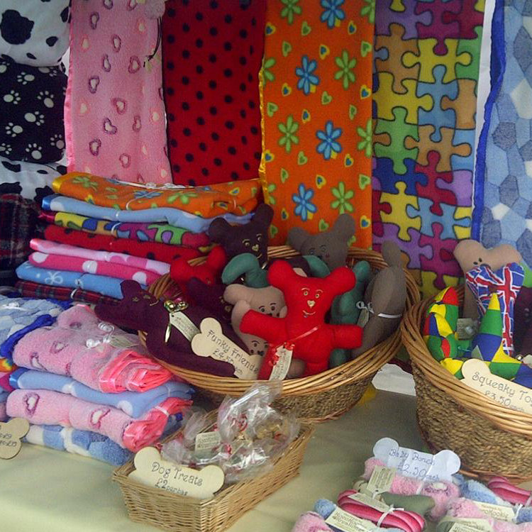 Kocokookie Kreations - KocoKookie Kreations presents a great range of pet products hand made in Norfolk! From reversible dog coats, snuggle sacks, dog bandanas, dog scarves  to pet blankets and pet toys for dogs and cats - Deepdale Christmas Market at Dalegate Market | Shopping & Cafe - Friday 1st, Saturday 2nd & Sunday 3rd December 2017 - Christmas shopping for presents, decorations and great food & drink from 120+ stalls in large marquees around the Dalegate Market shops & café and in St Marys Church at the Deepdale Christmas Market, North Norfolk Coast