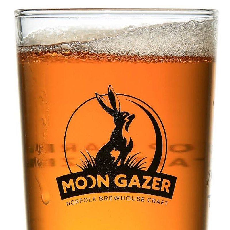 Moon Gazer Ale - Norfolk Brewhouse - Distinctive and tasty bottled ales and lagers, brewed locally in north Norfolk using water from the brewery's own well, East Anglia's finest malting barley Maris Otter and hops from around the world. - Deepdale Christmas Market at Dalegate Market | Shopping & Cafe - Friday 3rd to Sunday 5th December 2021 2019 - Christmas shopping for presents, decorations and great food & drink from 130+ stalls in large marquees around the Dalegate Market shops & café and in St Marys Church at the Deepdale Christmas Market, North Norfolk Coast