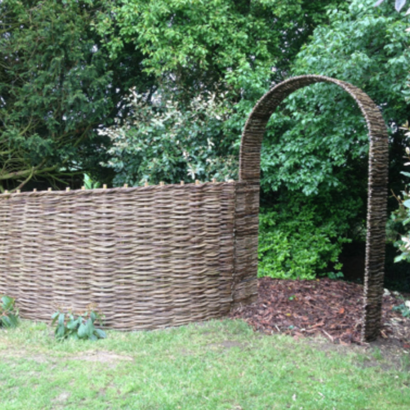 Willow Twist  - Hurdle Maker of bespoke in situ willow fencing and willow panel fencing. This style of fencing is both strong and practical as well as being aesthetically pleasing. Based in Wymondham, Norfolk   - Deepdale Christmas Market at Dalegate Market | Shopping & Cafe - Friday 1st, Saturday 2nd & Sunday 3rd December 2017 - Christmas shopping for presents, decorations and great food & drink from 120+ stalls in large marquees around the Dalegate Market shops & café and in St Marys Church at the Deepdale Christmas Market, North Norfolk Coast