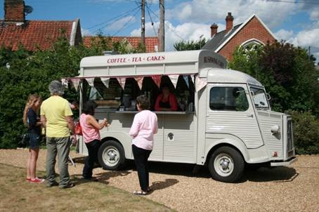 Pop-up Shops & Cafes at Dalegate Market | Each Monday throughout the winter, Dalegate Market will be welcoming pop-up cafes.  North Norfolk Coast does Street Food!  And next summer, Dalegate Market will be hosting different pop-up shops each week.