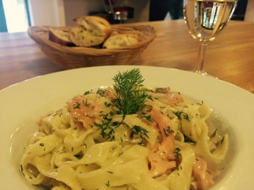Pasta Thursday, Deepdale Café, Dalegate Market, Burnham Deepdale, North Norfolk Coast, PE31 8FB | Weekly pasta dish, served with garlic bread and a glass of wine.  Only £8.95 | mussels, brancaster staithe, burnham deepdale, deepdale cafe, mussel monday, tasty, local, delicacy