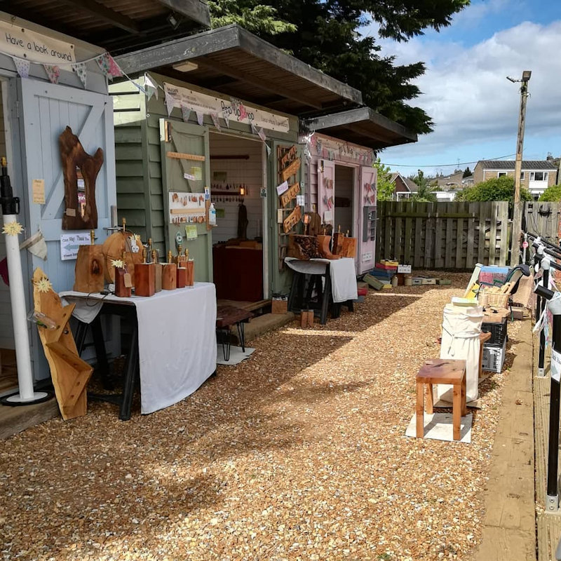Pop Up Shops | North Norfolk Coast shopping that's not on the high street from local producers & artisans. Dalegate Market will host KDesigns in the beach huts this week. - Dalegate Market | Shopping & Café, Burnham Deepdale, North Norfolk Coast, England, UK