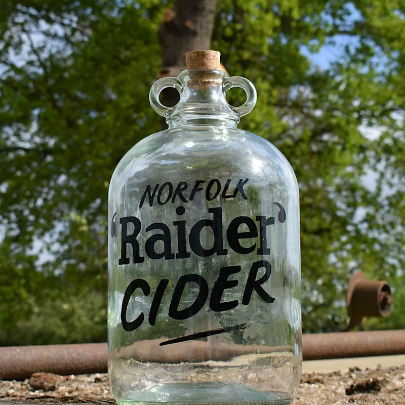Norfolk Raider Cider  - Traditional Norfolk Cider made in Norwich using many varietys of local dessert apples . We're very proud of all the flavours we produce which carry our family traditions.  www.norfolkraidercider.co.uk - Deepdale Spring Market | Friday 27th to Sunday 29th March 2020